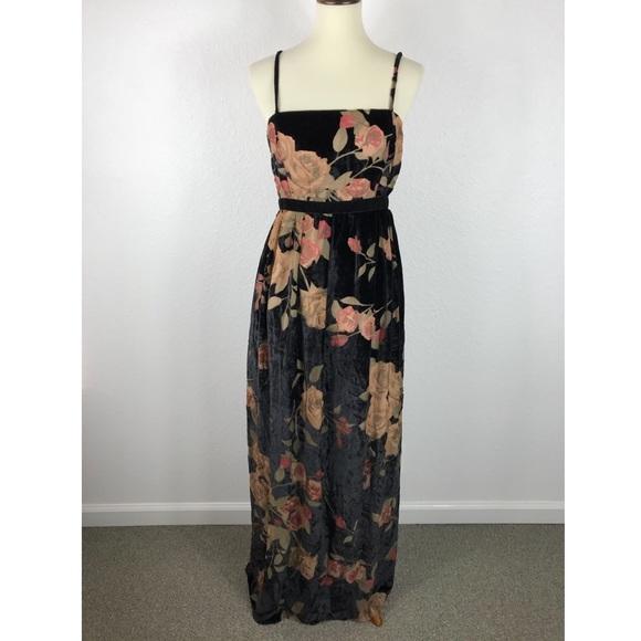 f6d7f7e5778 Jessica Simpson Maternity Floral Velvet Maxi Dress
